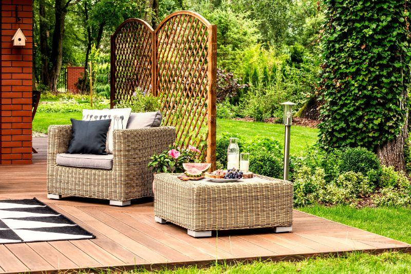Étapes de bricolage pour protéger les meubles de patio et d'extérieur