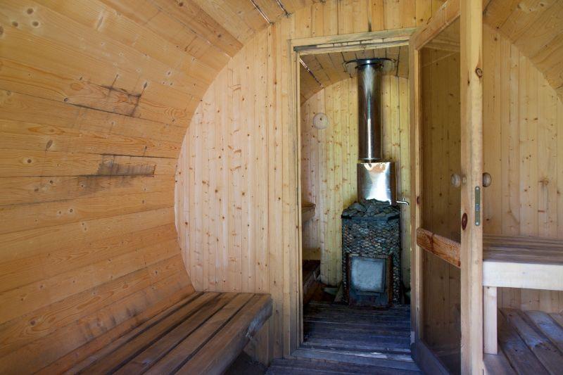 Les bons et les moins bons faits sur le sauna baril en plein air